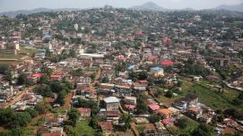 A view of Freetown Sierra Leone on December 3, 2014. Photo: Dominic Chavez/World Bank